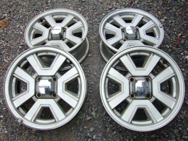 Carina GT-R rims on auctions.yahoo.co.jp