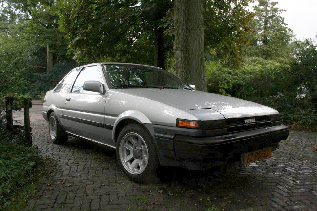 my old rusty ae86 trueno