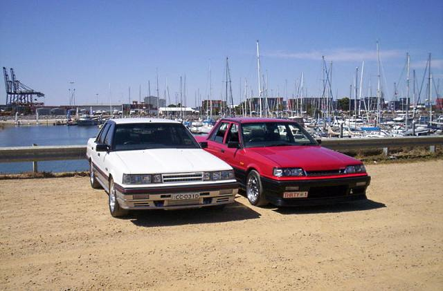 Compare the two noses of the Nissan Skyline R31