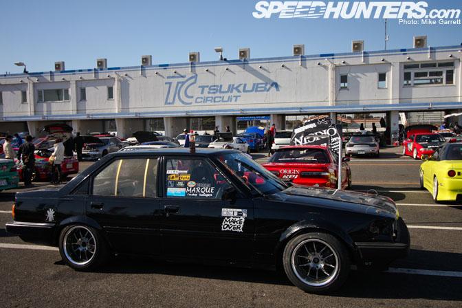 Black Carina GT-R AA63 on Tsukuba circuit