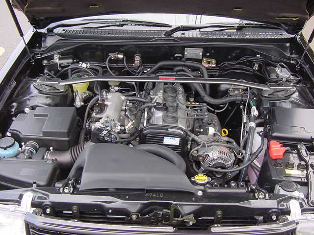 Enginebay of the supercharged TRD Comfort GTZ