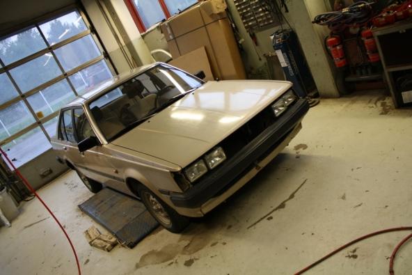 Carina TA60 with Audi quad headlights