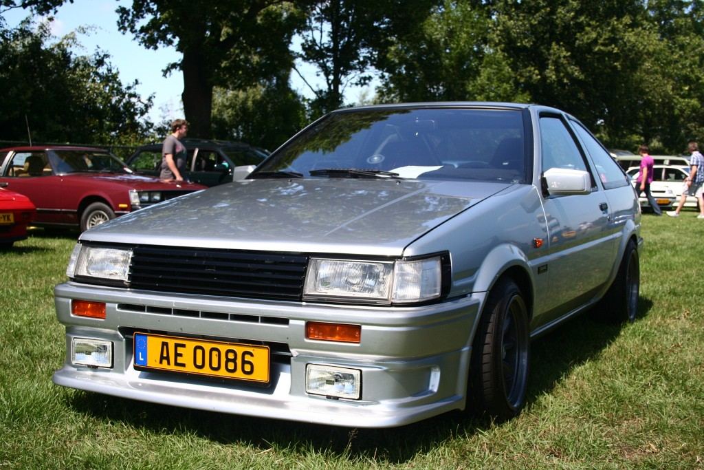 PetzK 3 door AE86