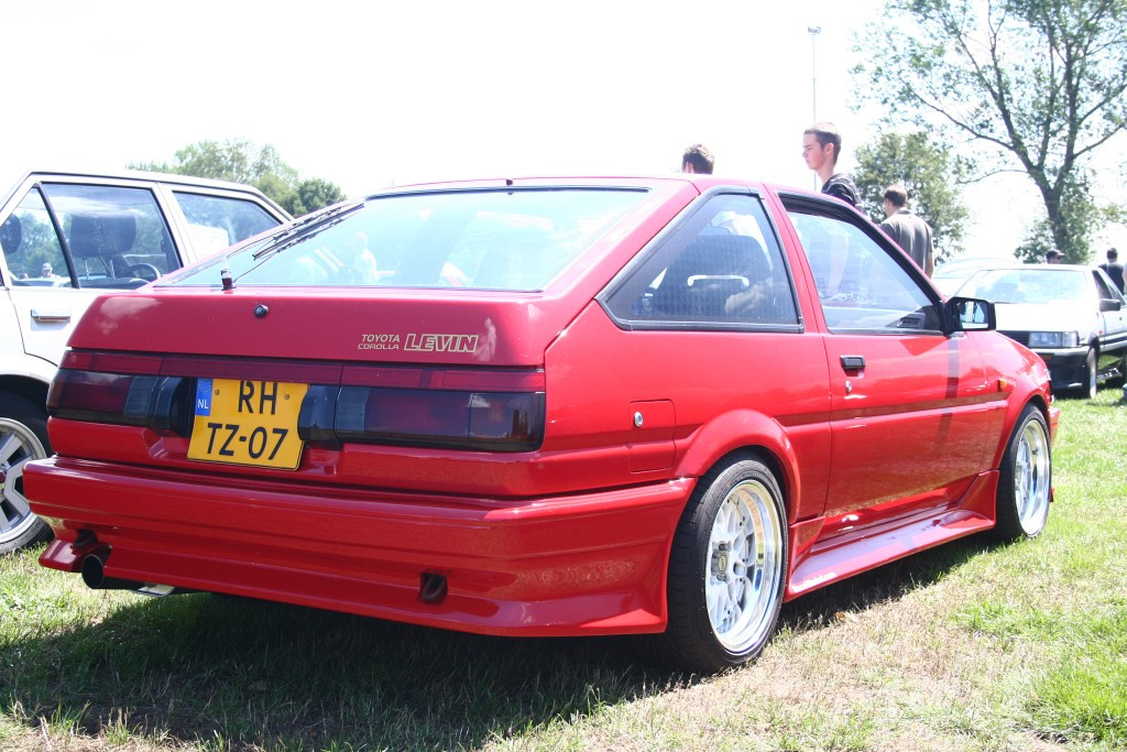 Ibrahims red 3 door Levin AE86