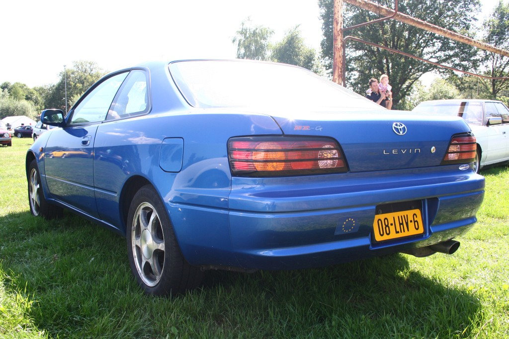 Toyota Corolla Levin BZ-G AE111