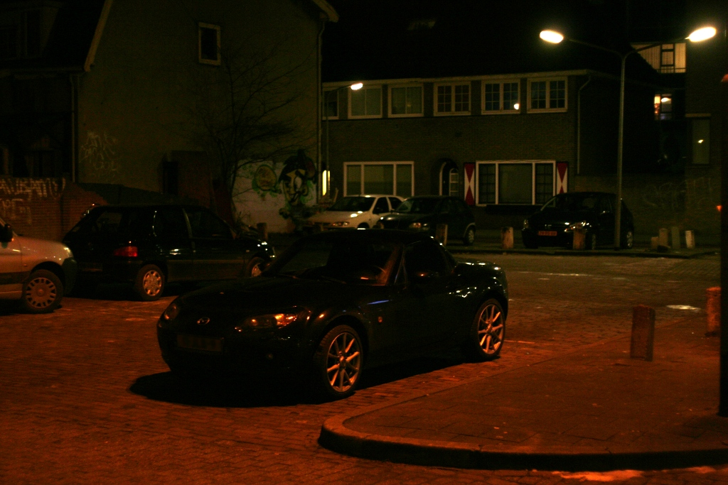 Black Mazda MX5 NC hardtop