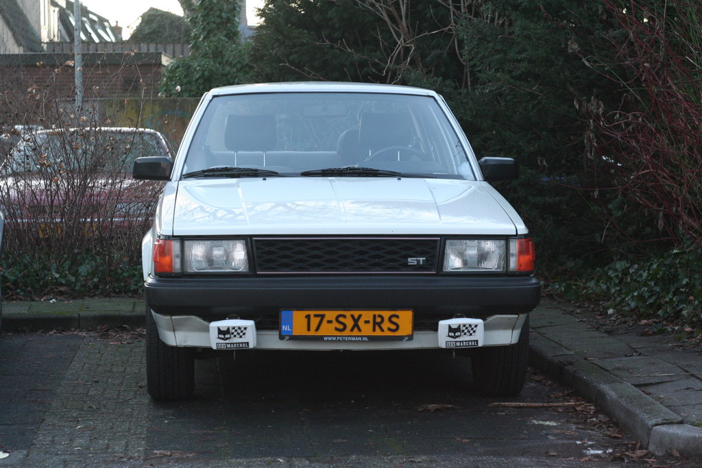 [Image: AEU86 AE86 - For sale: Carina A60 diamond shaped grille]