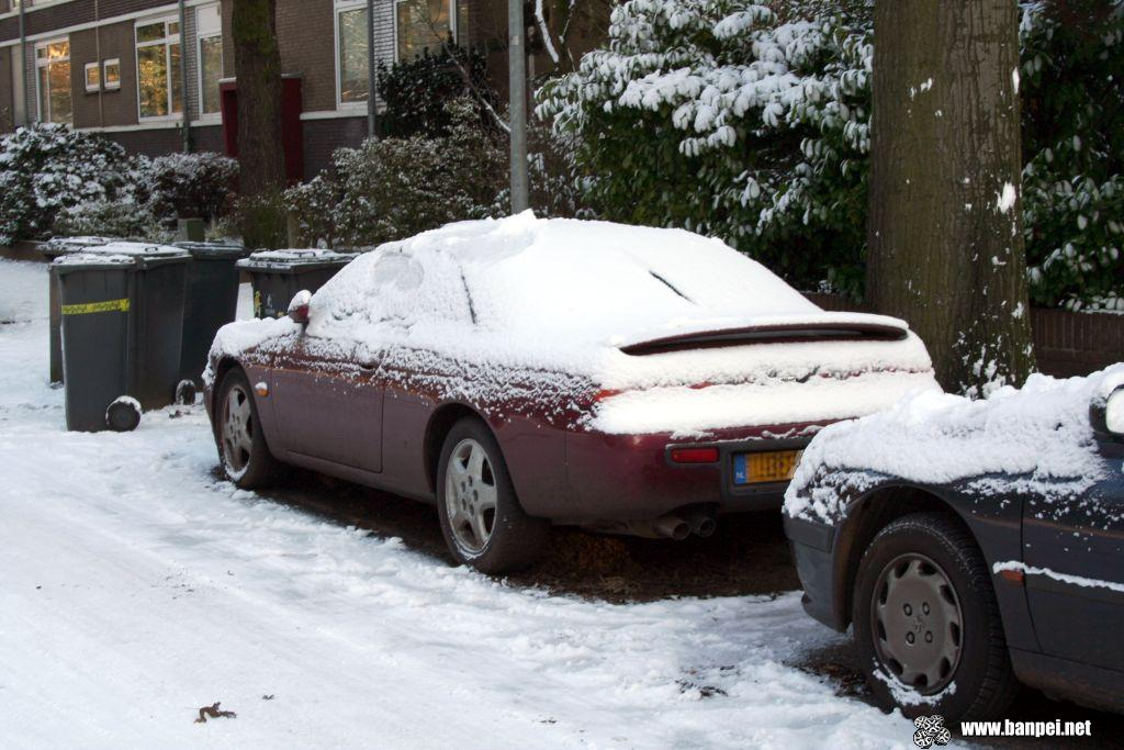 Nissan 200SX S14 covered in snow!