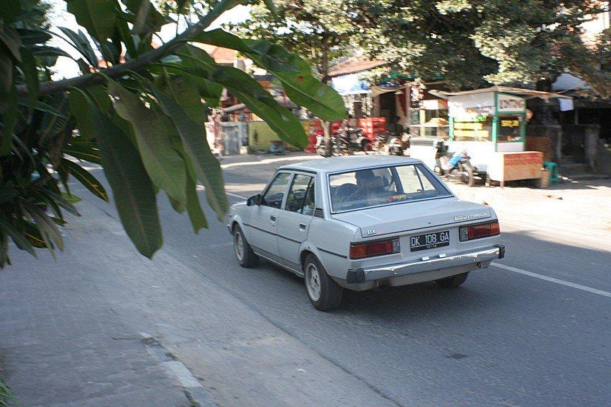 Toyota Corolla KE70 on Bali