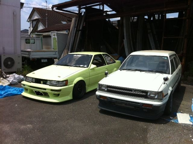 Corolla KE70 wagon with zenki AE86 bumper+lip