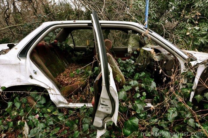 Rustoseum: Toyota Corolla AE91 sedan