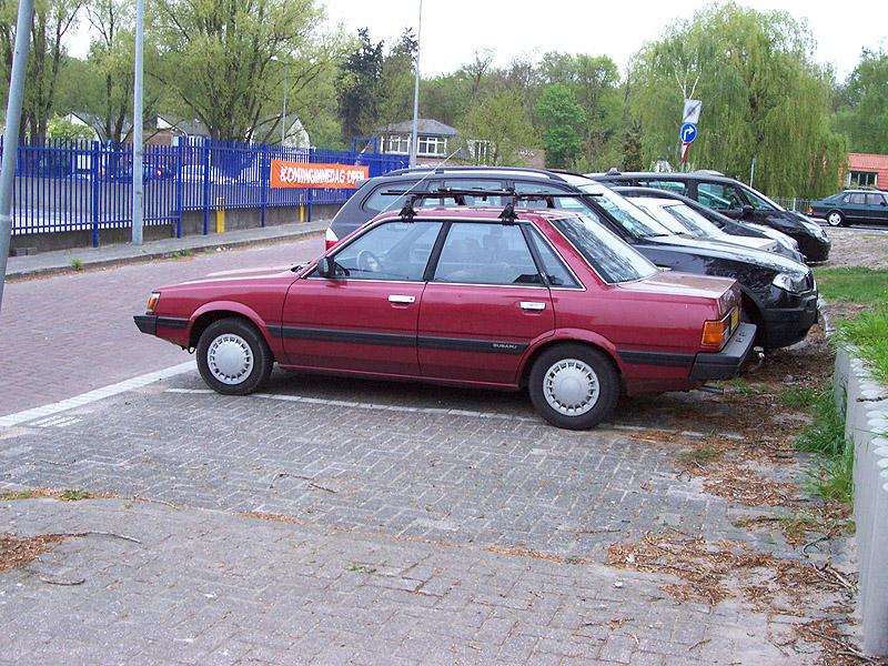 Subaru Leone DL sedan