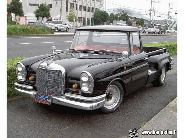 Mercedes (Toyota) Stout pickup truck