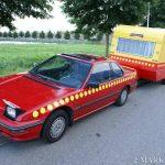 Hilarious: Bassie en Adriaan Honda Prelude replica