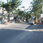 Bali: immaculate Corolla KE70 passing by