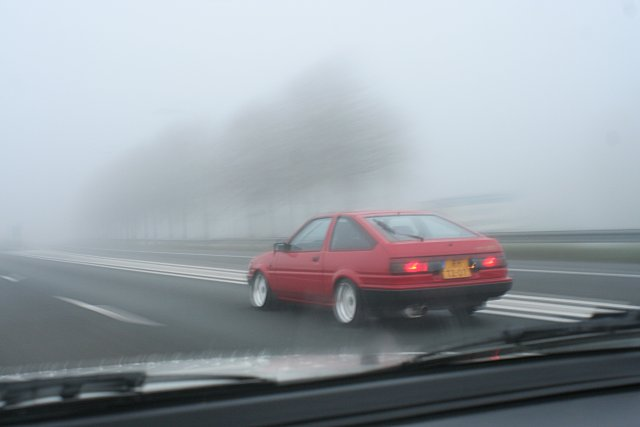 Oldskulls Levin AE86 in the mist