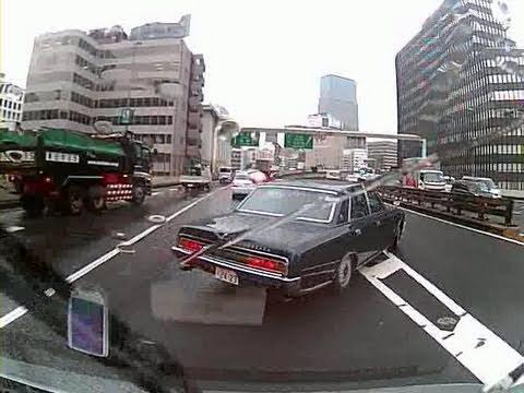 Careless driver wrecks this Toyota Century