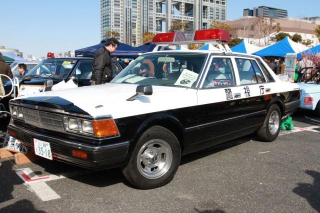 Nissan Cedric 430 patrol car