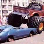 WTF: Monstertruck crushing a Skyline C110