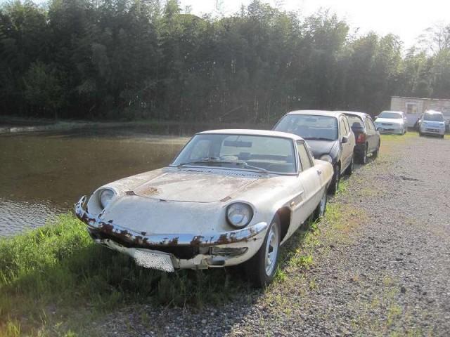 rusty Mazda Cosmo Sport 110