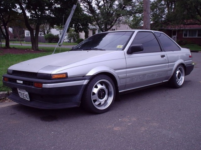 USDM Toyota Corolla GT-S AE86 with ATS Cup rims