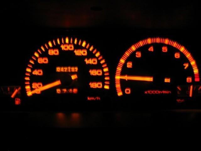 Toyota Sprinter Trueno AE86 Black Limited gauge cluster