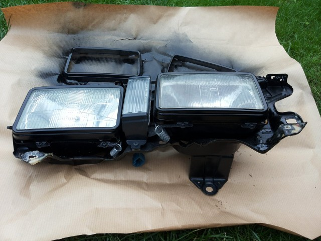 Carina AA63 Double headlights assembly